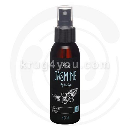 Гидролат жасмина подходит для регулярного ухода за кожей и волосами. Очищает, тонизирует и увлажняет. Рекомендуется для сухой и зрелой кожи.