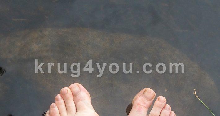 """Крем Вальгусстоп: уменьшает раздражение и """"наружное"""" отклонение пальца, способствует нормальному ношению обуви, снижает риск развития плоскостопия и артроза"""